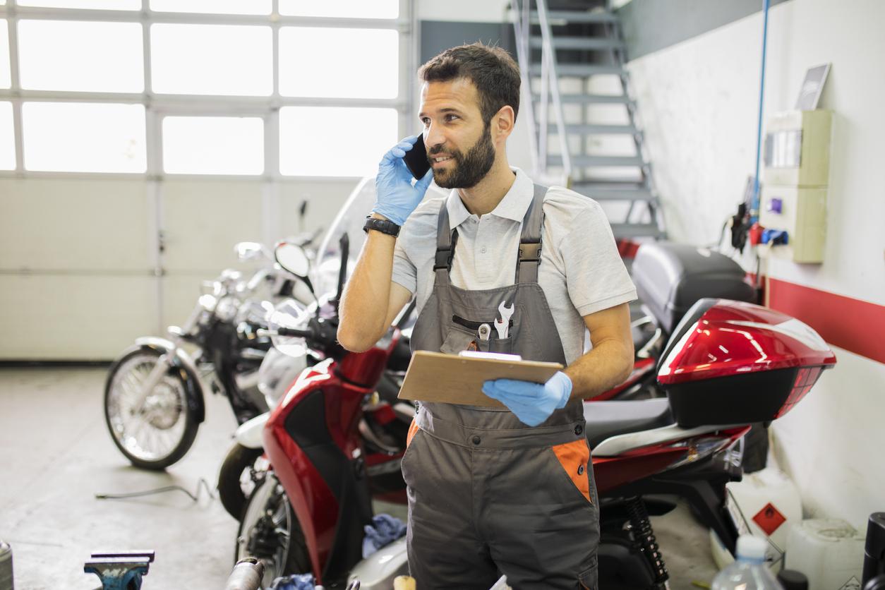 Motorcykeln ska vara påställd i trafik och besiktigas regelbundet